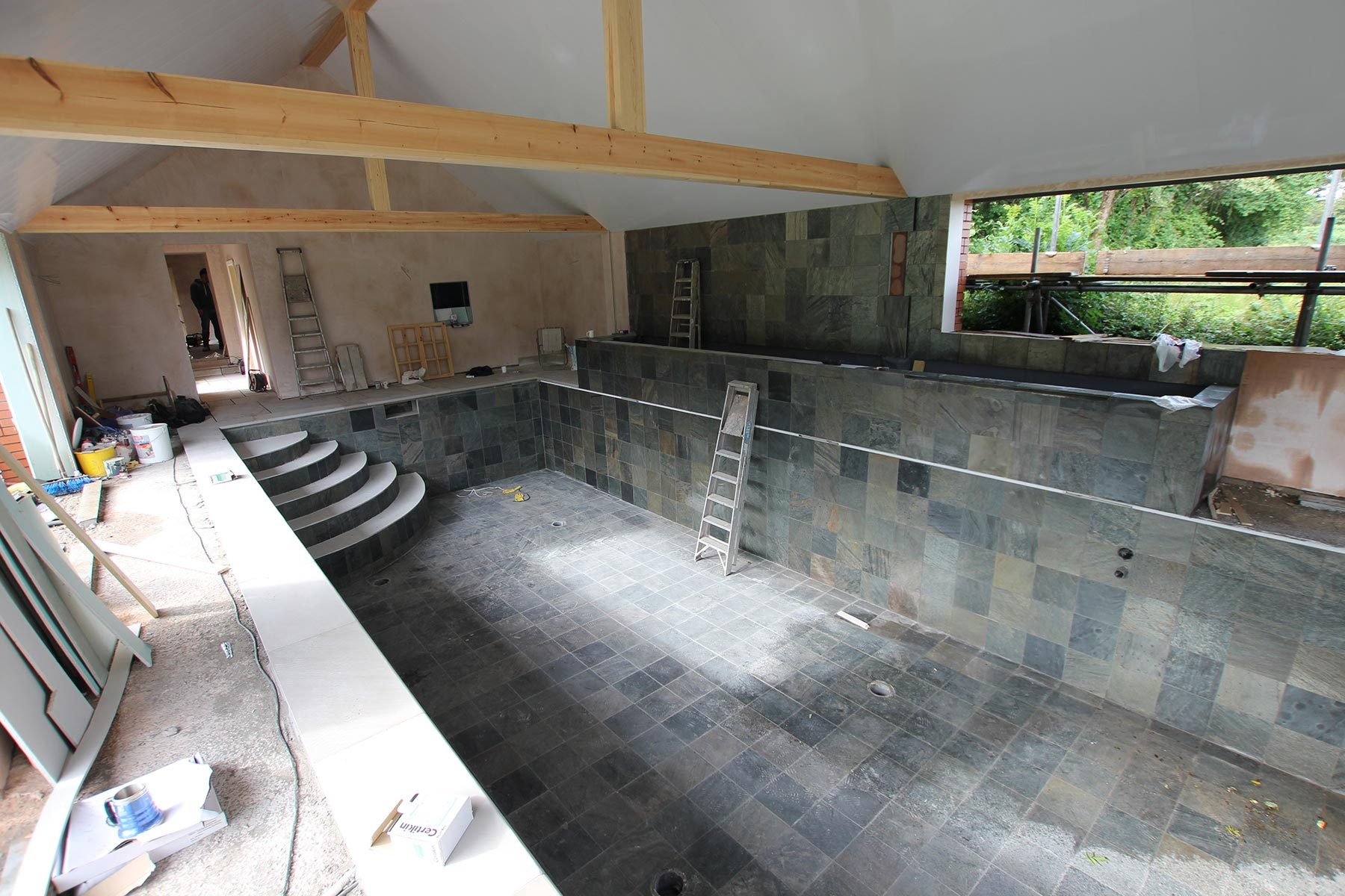 Swimming pool builders designers clear water revival for Swimming pool builders