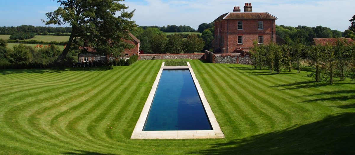 Pool gallery clear water revival for Swimming pools for your garden